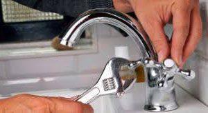 Thợ sửa vòi xịt, vòi chậu rửa chuyên nghiệp tại Hà Nội
